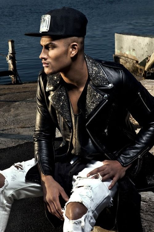 evidentvisions:    ROB EVANS IN EVIDENT FUTURE BIKER JACKET.