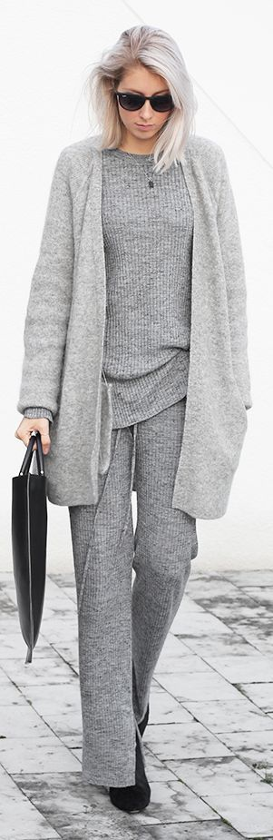 Fall / Winter - street style - cozy style - comfy style - grey knit suit + light grey oversized cardigan + black tote + black sunglasses
