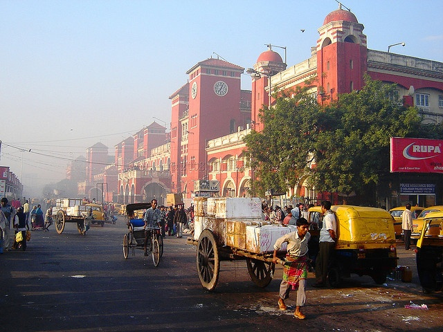 Kolkata (India). 'Long known for its  poetic and political tendencies,  Kolkata also has colonial-era  glam and sublime cuisine –  while several prominent gods  look on.' http://www.lonelyplanet.com/india/kolkata-calcutta