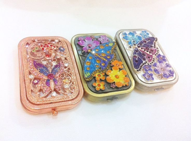 Butterfly Folding Mirror