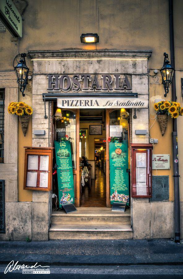 ღღ OMG... How much I am craving a REAL AUTHENTIC!! Pizza    ~~~~   Pizzeria La Scalinata, Rome, Italy