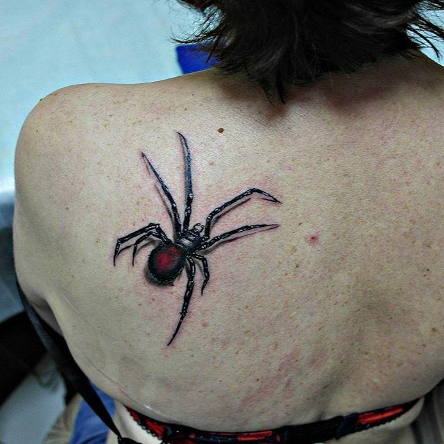 Черная вдова - свежая  #тату #паук #вдова #черная #чернаявдова #tattoo #tattoos #yandex #google #эскиз #рисунок #спина #лопатка #краснодар #динская #eternal #eternalink #vladblad #irons #искусство #творчество