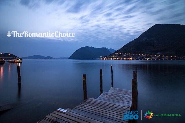 """#TheRomanticChoice Location:#Sulzano (BS) Photo Credit: @nico_benedetti  Rules: http://www.iseolake.info/it/blog/contest-fotografici  _____________________________________________  Ti ringraziamo per aver condiviso questa immagine di uno dei comuni del lago d'Iseo.  Puoi vincere una visita esclusiva in una cantina della """"Strada del Vino Franciacorta"""" oltre a due bottiglie di Franciacorta Satèn per brindare  in un territorio dal fascino unico!"""