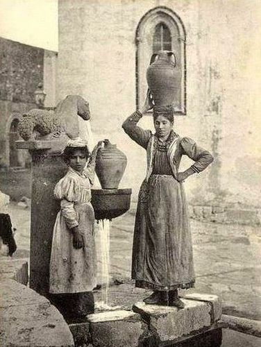 Italian Vintage Photographs ~ #Italy #Italian #vintage #photographs #family #history #culture ~ Taormina 1800 #TuscanyAgriturismoGiratola