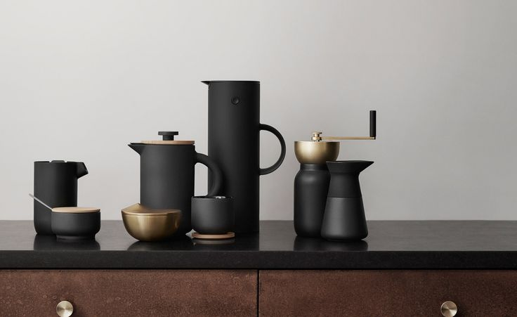 Stirring up interest amongcoffee connoisseurs is a new brewing collection from Danish brand Stelton. Designed by Italian studio Something Design, the 'Collar' collection has been created for the most astute of caffeine aficionados. The objective of th...