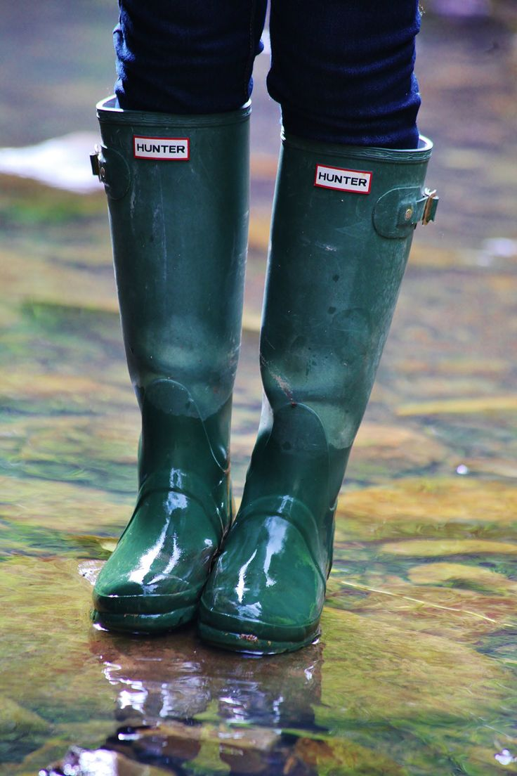 Happy Friday from the Beach Cottage Gumboots. Adventures in New South Wales country on the way lovely ladies who visit here….it didn't all go smoothly on our trip to the country, I guess that is life…. heading home to the BC bathtub….needing that lady for sure, xo