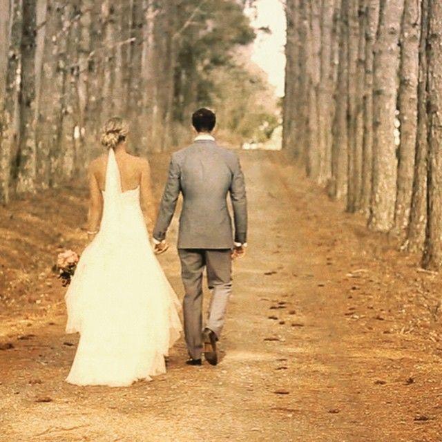 A stunning hinterland farm in Byron Bay Area. Alysha and Cam, a really lovely couple. #byronbay #clweddingsandevents #carlybaum #noosawedding #malenywedding #whitsundaywedding #weddingsunshinecoast #weddingbyronbay #brisbanewedding #goldcoastwedding #byronbaywedding #wildbunchweddings #weddingvideo #weddingvideography #weddingphotography #weddingphoto