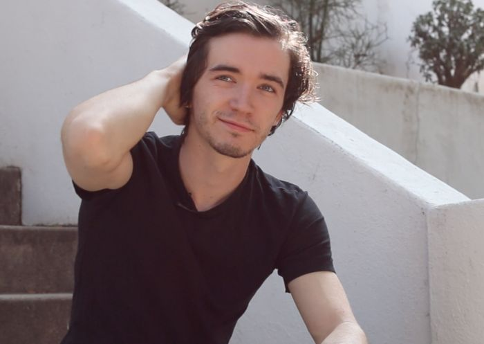 Klaus Bauldelaire aka Liam Aiken from A Series of Unfortunate Events MY GOD.