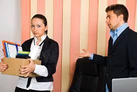 ¿Llegar tarde al trabajo es causal de despido?