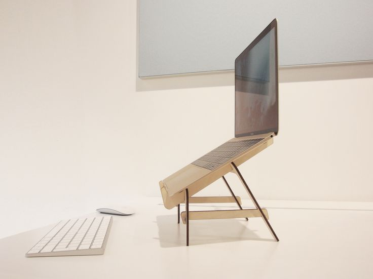 Padup is the wooden stand for notebooks to promote a better posture behind the screens. The minimal design heightens its streamlined appearance, while its lightness makes it easy to carry with you. Padup.nl