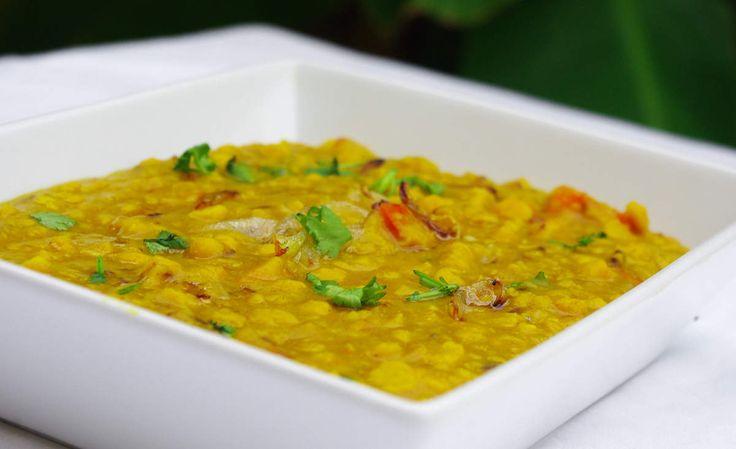"""Recette de lentilles indiennes Chana daal en vidéo Bonjour et bienvenue dans mon blog cuisine . Les légumineuses sont très importantes dans la cuisine végétarienne , voici une recette pour préparer les """"lentilles"""" Chana daal . Chana daal ce sont des petits..."""