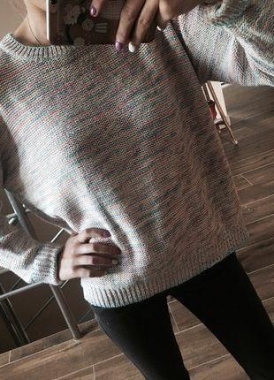 Kup mój przedmiot na #vintedpl http://www.vinted.pl/damska-odziez/swetry-z-dekoltem/13031331-kolorowy-sweter-w-paski-z-guzikami-z-tylu-george
