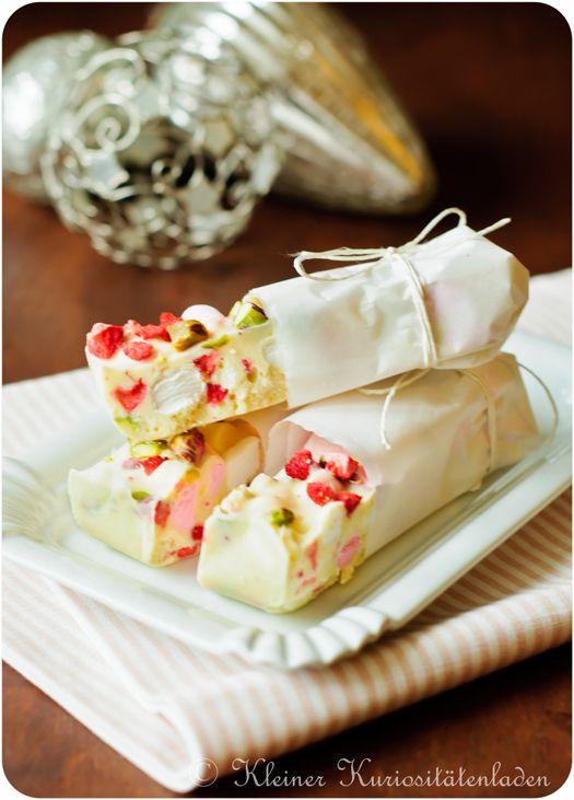 Erdbeer-Pistazien-Marshmallow-Schokoriegel mit jeder Menge Crisp | Kleiner Kuriositätenladen