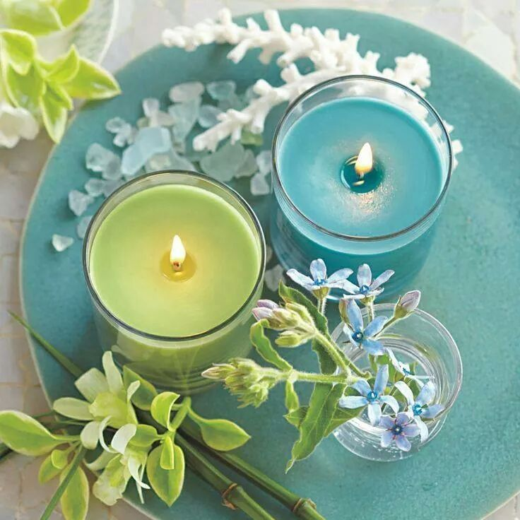 Spa time with aqua/turquoise and lime or celery green. Very beachy!
