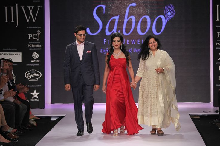 IIJW 2014 Day 3: SABOO FINE JEWELS CREATED MAGIC WITH THREE SENSATIONAL COLLECTIONS... For more visit: http://www.bollyvision.in/