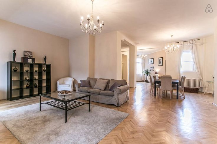 Fabulous 2 bedroom flat just steps from the Basilica in the heart of Budapest.