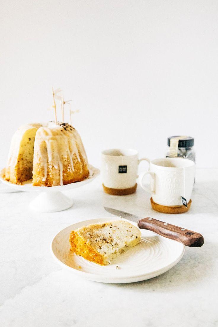 lemon, black tea, and vanilla bundt cake | hummingbird high || a desserts and baking blog