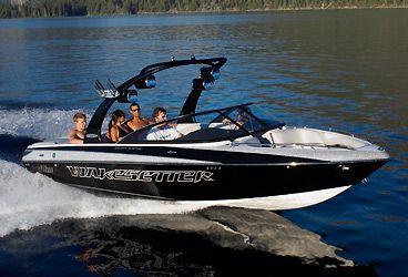 Malibu wakeboarding boat