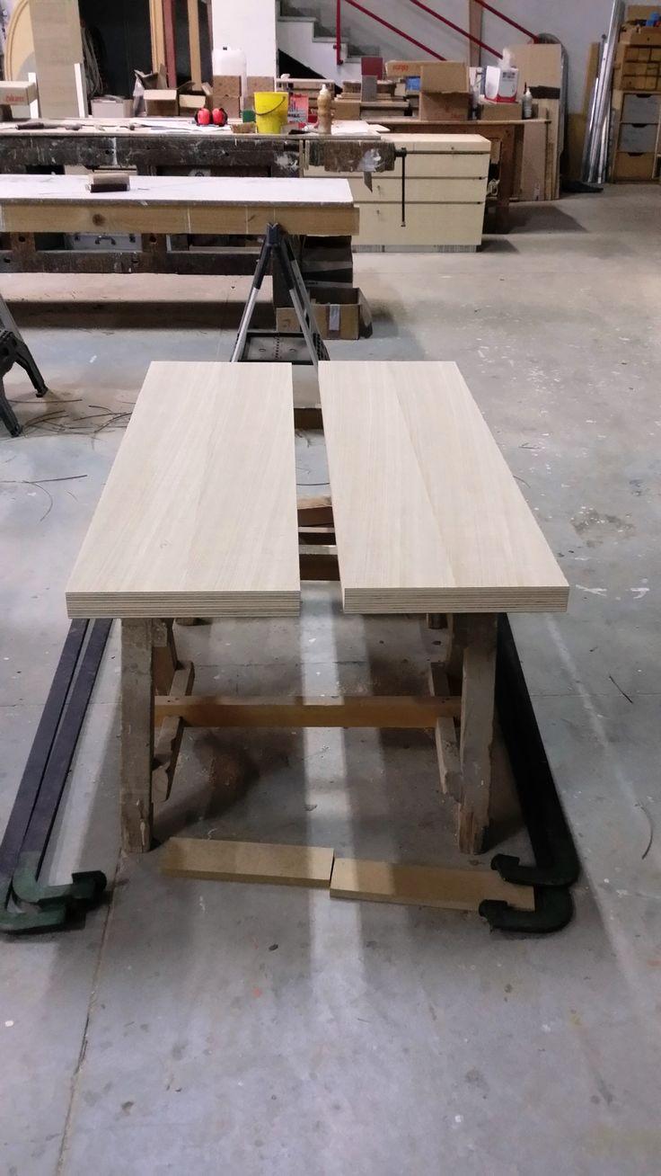 Pannelli in multistrato placcati in essenza di Rovere. Panels  plywood veneered oak.