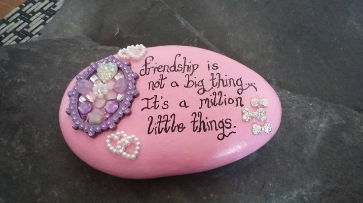 Decorative friendship stone, hand painted pebble with friendship quote, gifts for women,gifts for her, best friend gifts. by Pebbles4Thought on Etsy