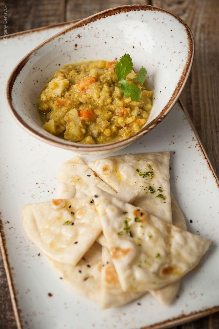 Preparare un curry indiano non è mai stato così semplice: il dhal di lenticchie speziato e gustosissimo vi farà voglia di mangiarne ancora e ancora!