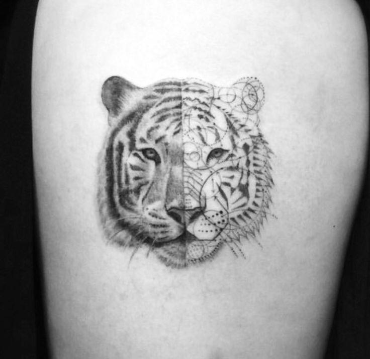 tatouage tete de tigre geometrique. Black Bedroom Furniture Sets. Home Design Ideas
