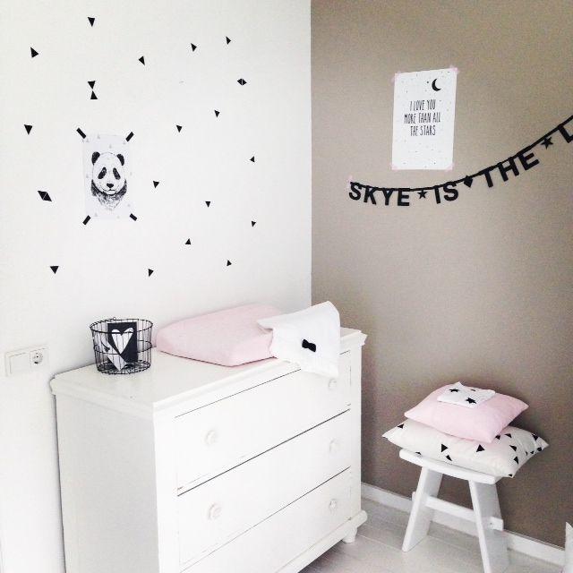 17 best images about d co b b enfants on pinterest child room bebe and kids rooms decor - Bebe deco slaapkamer ...