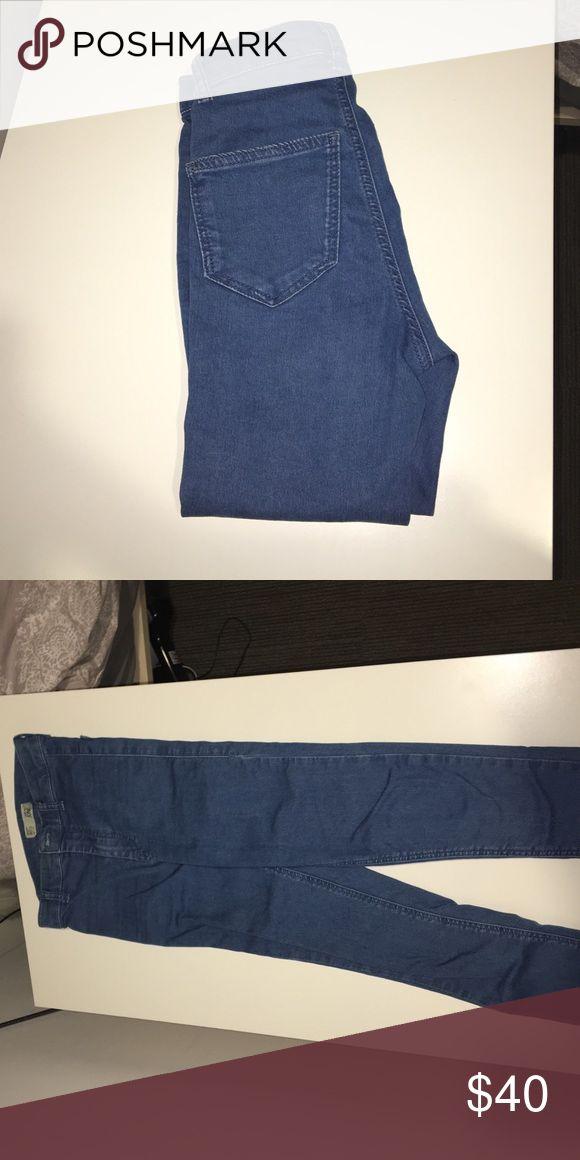 High waisted light blue Topshop jean High waisted light blue skinny jean Topshop Jeans Skinny