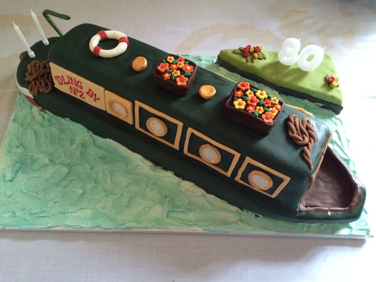 Canal boat cake for my Grandads 80th birthday party.
