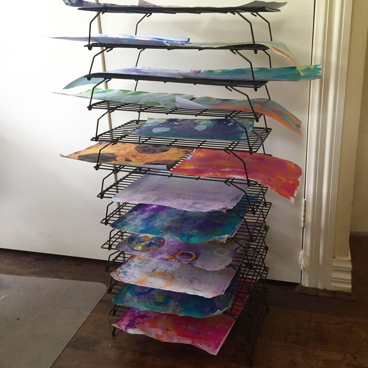 Baking cooling racks are great for drying gelli prints. I found these at Aldi Australia and came in a set of 3; stackable and fold flat for storage