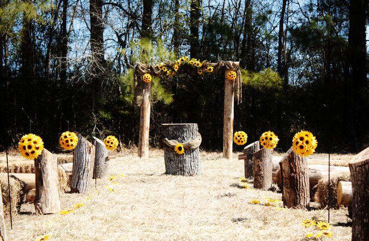 25+ Best Ideas About Outdoor Wedding Arbors On Pinterest