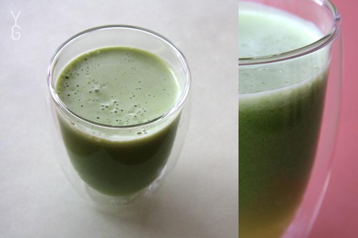 Recept na tohle super zdravé zelené šťavení zná každý, kdo odebírá náš newsletter... :) Tak ať nepropásnete další vydání - šup šup, přihlašte se k odběru novinek :)  www.yogaguru.cz