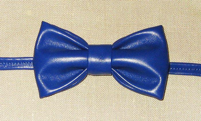 bow-tie  neck-tie  butterfly  (Галстуки-бабочки) Глубокий синий цвет. Кожа.