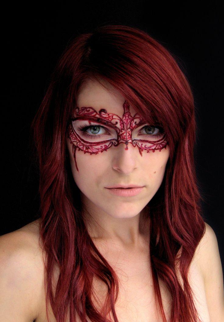 Bloody Masquerade makeup