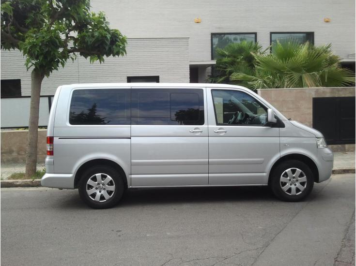 #Alquiler de #Minivan 7 plazas #madrid   Sservicio para 7 personas vip, en una minivan 7 plazas Vip.  Vehículo capacitado con 7 plazas, contando aparte el asiento del conductor. .