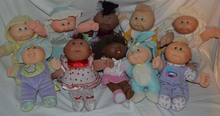 HUGE LOT of 10 VINTAGE Cabbage Patch Babies Premies Bunny 80's 90's Certificates #Coleco #DollswithClothingAccessories