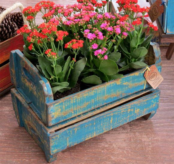 Caixa de frutas reciclada com acabamento em pátina mineira. R$ 65,00