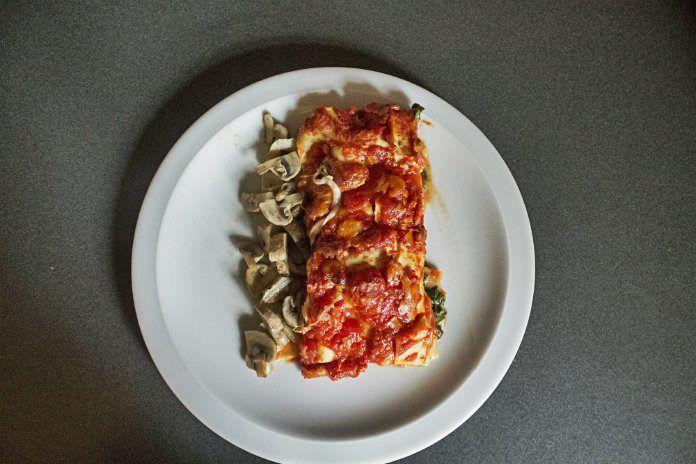 Samen met 110.841 tijdelijke vegetari�rs doet Metro mee aan Dagen Zonder Vlees. Sofie Dumont schotelt ons een lasagne met spinazie en snijbiet voor.