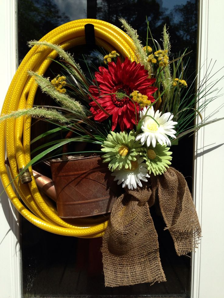 Garden Hose Wreath - so Easy to Make!