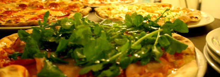 Pizza La Maria.  Mai multe despre cele mai bune restaurante din Timișoara: http://www.viziteazalumea.ro/stiri/top-5-restaurante-din-timisoara/