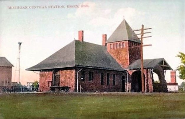 ESSEX, Ontario, Canada - Michigan Central Railroad station - vintage pc