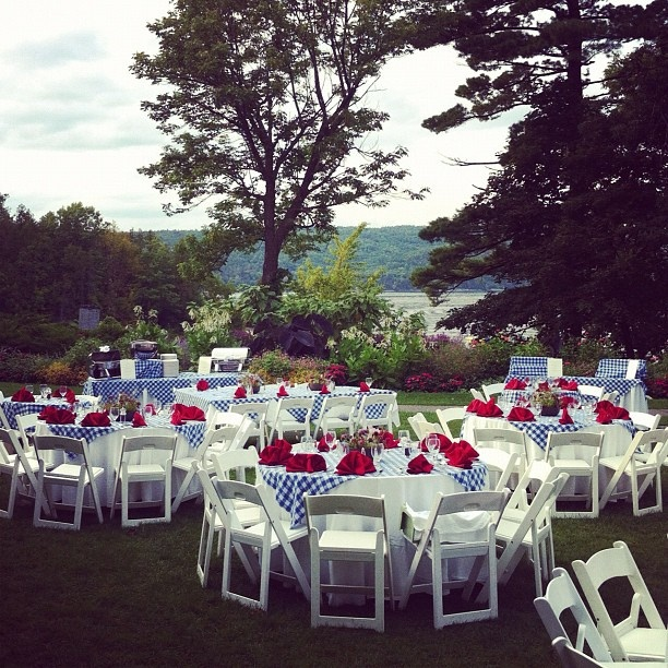 Garden rehearsal dinner at Basin Harbor Club, via Flickr.  #basinharbor #rehearsal dinners