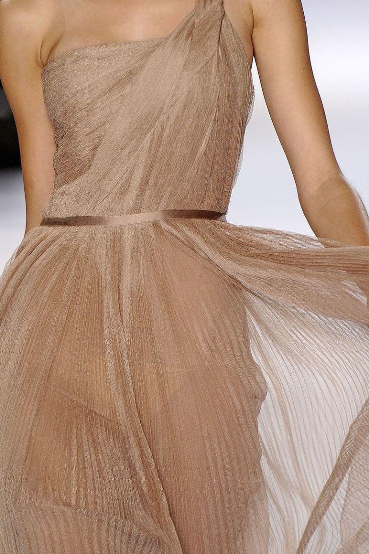 lovely nude color - Chloé: Fashion Dresses, Chloe Bridesmaid, Fashion Clothing, Bridesmaid Dresses, Spring Summer, Chloé Spring, Chloé Md, Nude Colors, Spring 2011