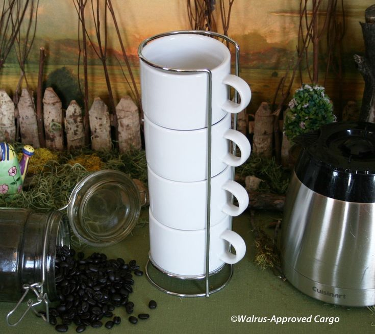 Crate & Barrel Stackable Mugs (4) & Wire Rack – Enjoy A Tower Of Simple Elegance