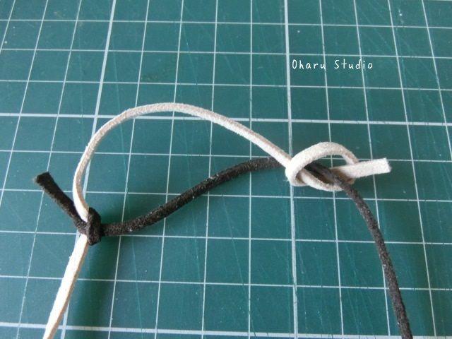 長さ調節できるネックレスひもの結び方 |かわいい革小物の手作り工房 Oharu Studio(おはるスタジオ)