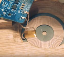 DIY Wireless charger for Smartphone