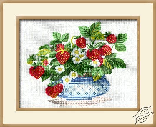 Strawberries - Cross Stitch Kits by RIOLIS - 870