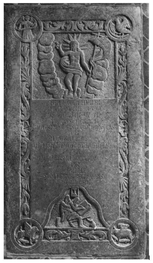 Tombstone No 7: Jens Dreyer (1690-1753) and wife Anna Elisabeth Haman (1720-1769) in St Canute's Cathedral, Odense, Denmark. Inscriptions<Translation>: Kancelliråd <Councillor> Jens Dreyer, Raschenberg, <purchaser and merchant> Odense († 1753) and his wife, Anna Elisabeth Haman († 1769) with their children and family