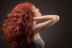 Comment avoir des #cheveux #volumineux ? Pour avoir plus d'allure au niveau look, rien de tel que des cheveux volumineux. Or, quand on n'a pas la chance d'avoir les cheveux #gonflés naturellement, il faut créer le #volume. Voici tous les secrets et les #astuces pour réussir à avoir une belle #chevelure volumineuse.