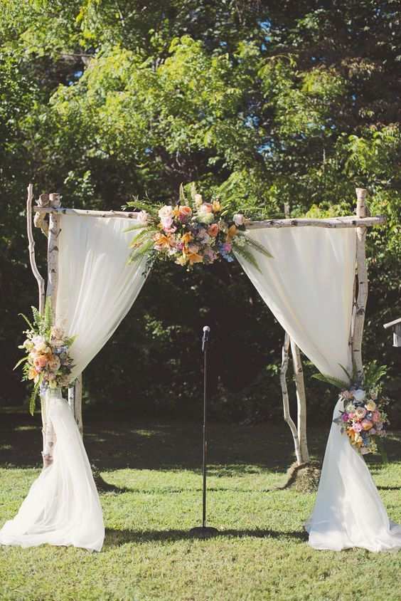 country wedding ceremony backdrop arch idea / http://www.himisspuff.com/wedding-backdrop-ideas/2/